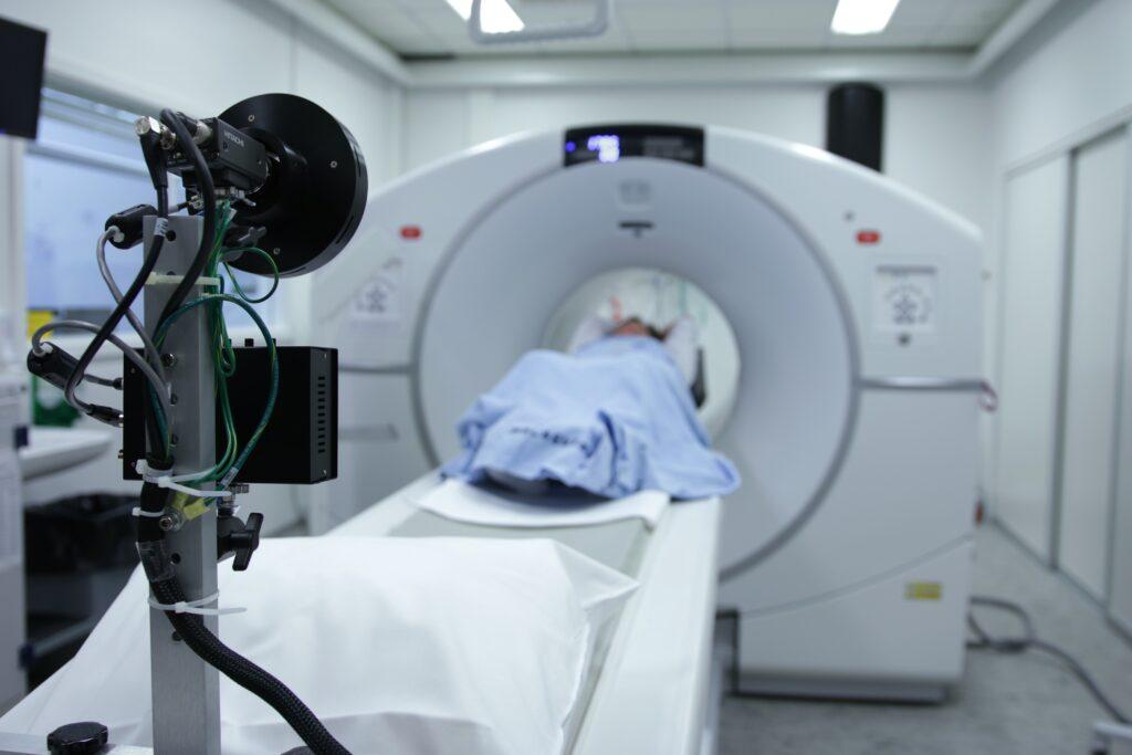 paziente che sta per sottoporsi ad una fmri